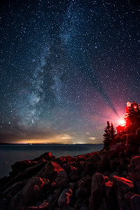 #657z Bass Lighthouse Meets the Milky Way.