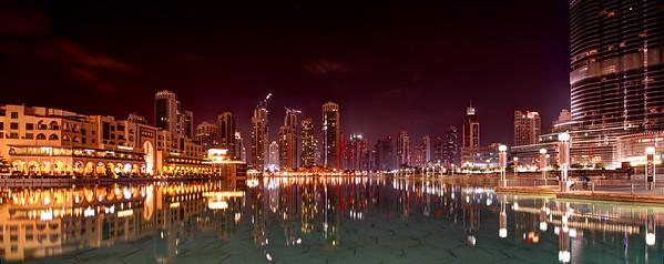 Dubai. Souk Al Bahar, Business Bay, Dubai Mall, Burj Khalifa