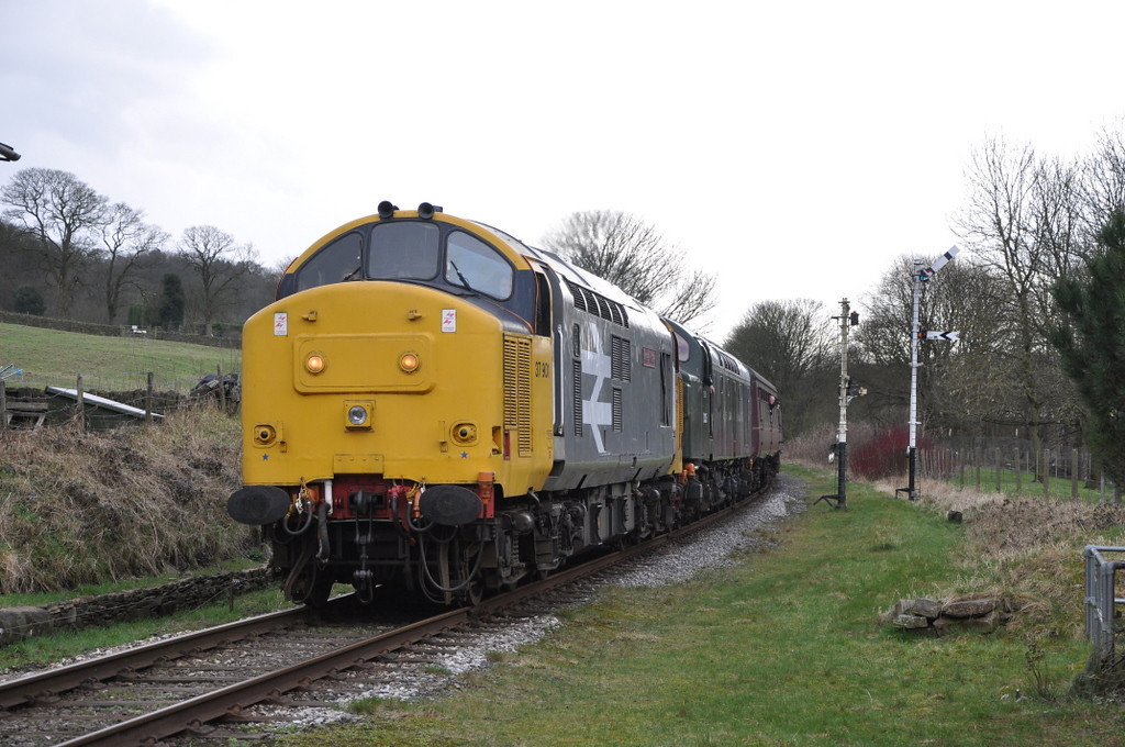 37901, Townsend Fold LC.