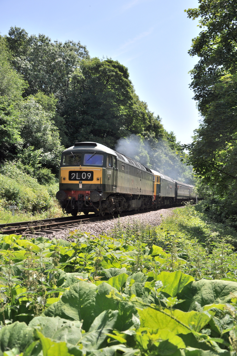 D1501 and 47579, Summerseat.