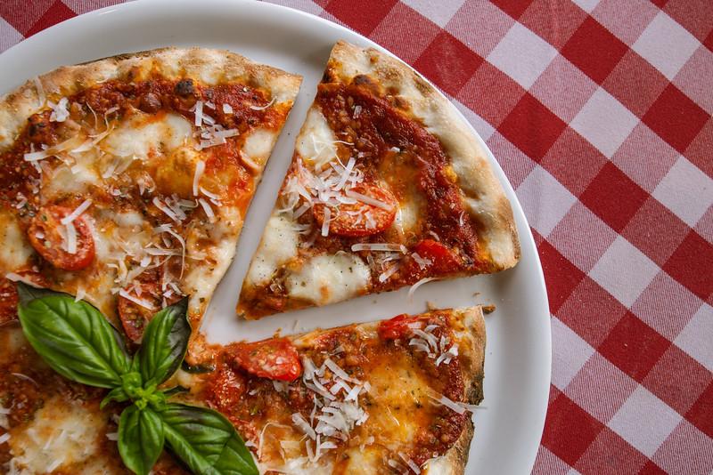 Vito's Sicilian Pizzeria & Ristorante