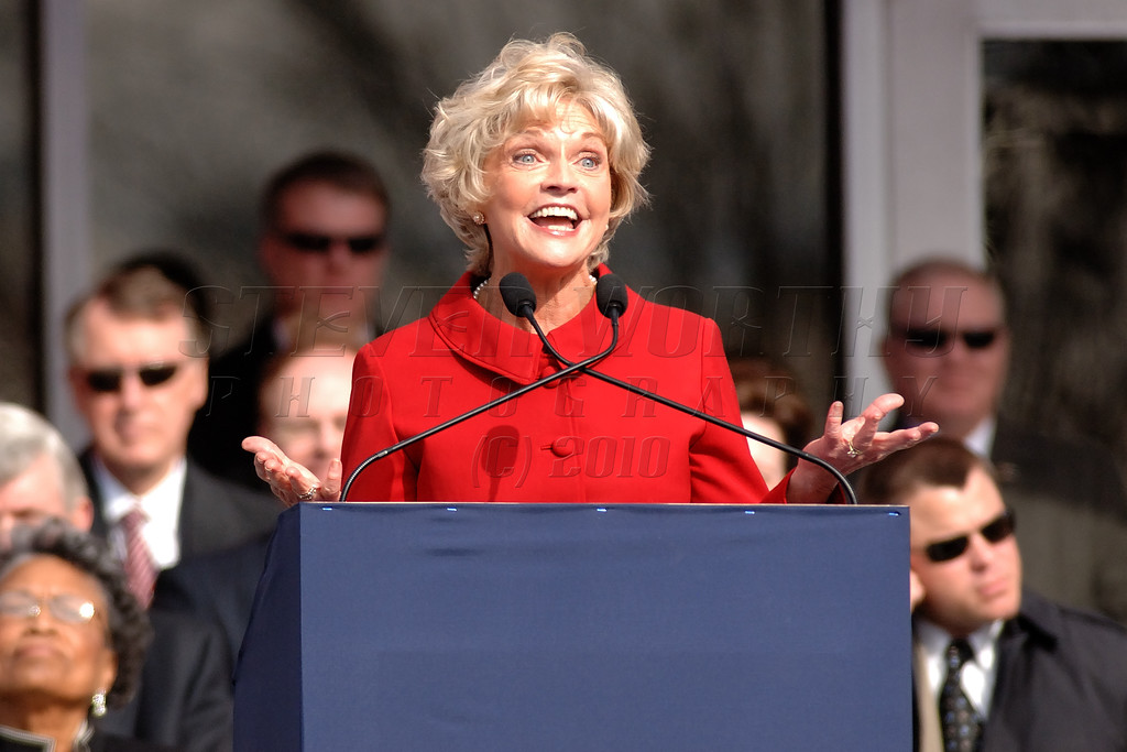 NC Governor  Beverly Perdue gives her inauguration address to the State during the ceremony Downtown Raleigh; Jan. 2009 .