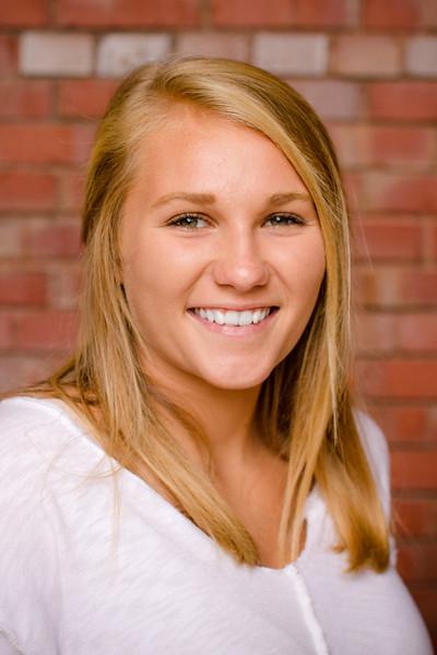 Elise - Senior Pictures