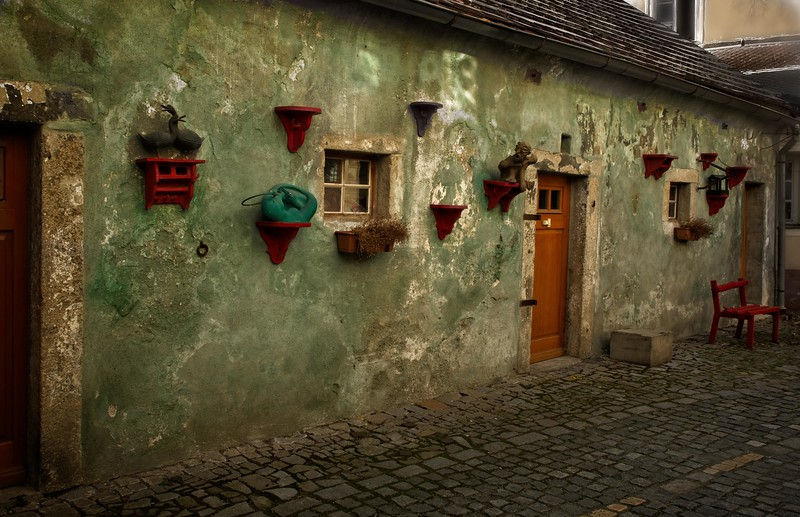 Cesky Krumlov, Czech Republic.<br /> © Cindy Clark