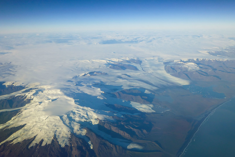 Hvannadalshnύkur, the highest peak in Iceland, and the glaciers of Vatnajökull National Park.<br /> Photo © Carl Clark