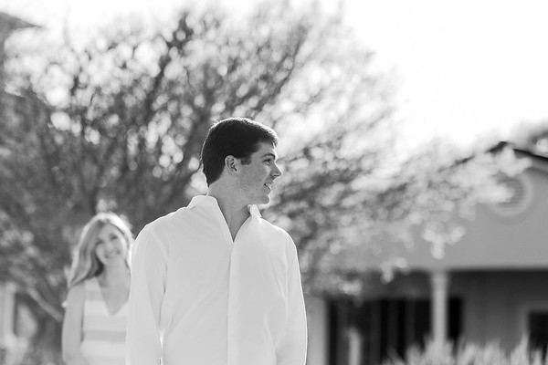 Katy & Michael Engagement Session | Daria Ratliff Wedding Photography of Katy, TX