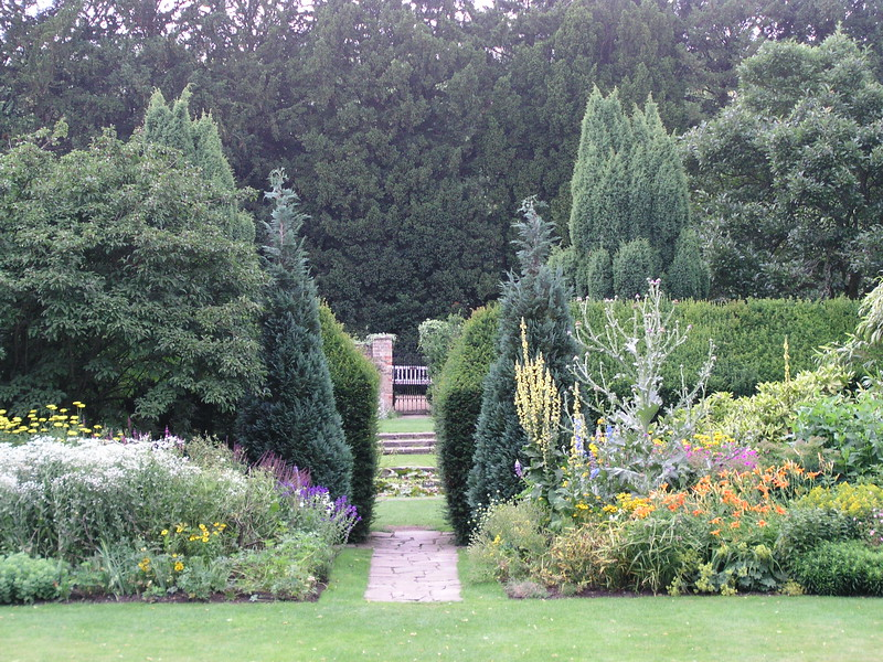 An English Country Garden