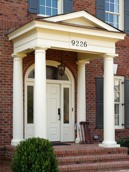 PVC Front Entry w/Round Fiberglass Columns