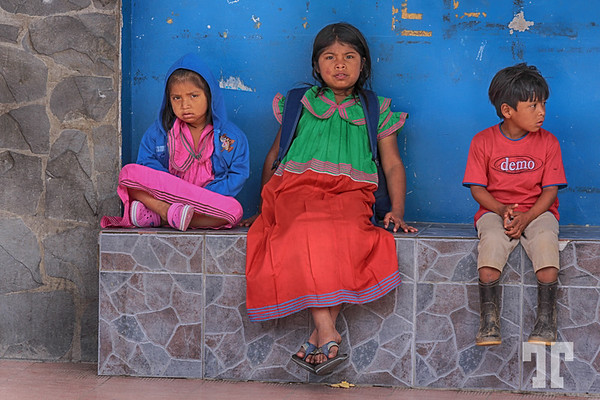 Kuna kids in Boquete Panama, waiting for the bus.  (ZZ)
