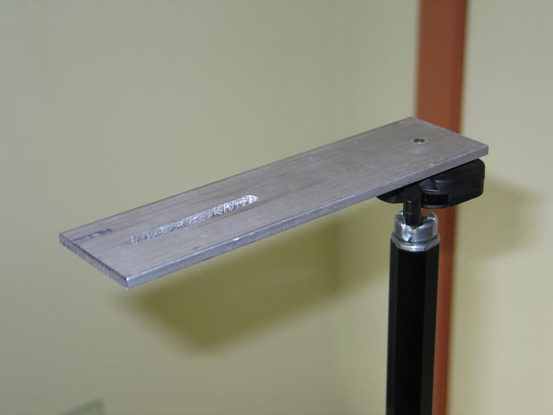 Light weight bracket for horizontal panoramas