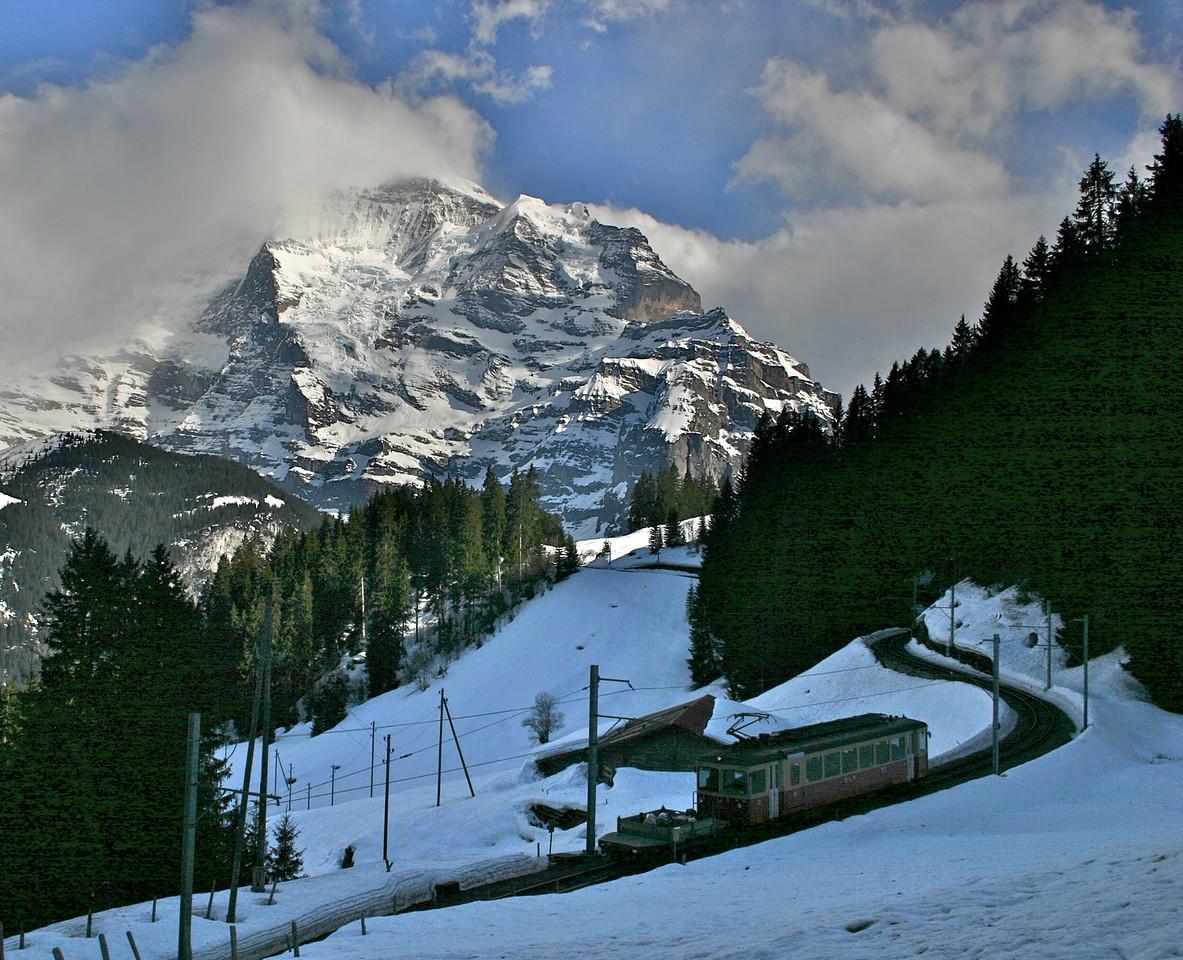 train from Murren to Grutschal