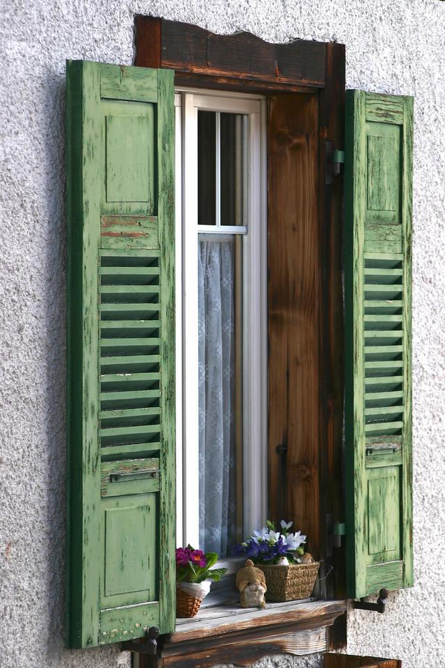 window in Murren