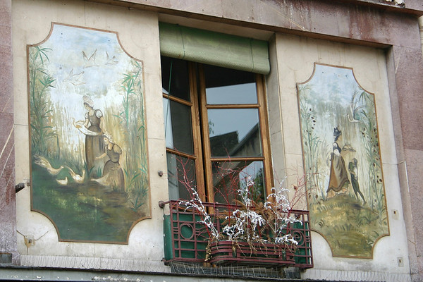 Rue Mouffetard window