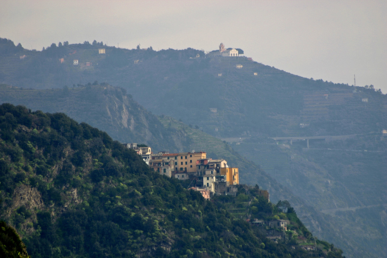 more view south along Cinque Terre