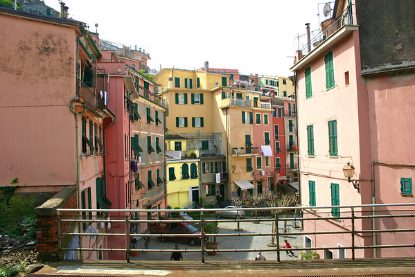 view from Vernazza train platform