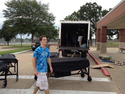Loading truck to CSHS