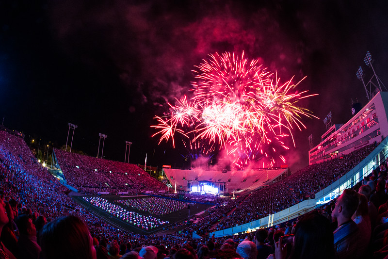 1507-14 141   Stadium of Fire featuring the rock and roll band Journey ending with a firework show  July 4, 2015  Photo by: Todd Wakefield/BYU  © BYU PHOTO 2015 All Rights Reserved photo@byu.edu  (801)422-7322