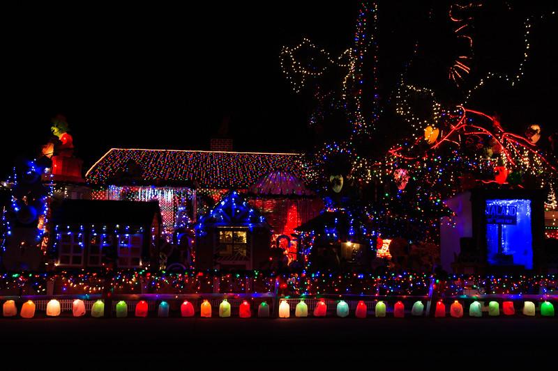 2011 Christmas Lights-123