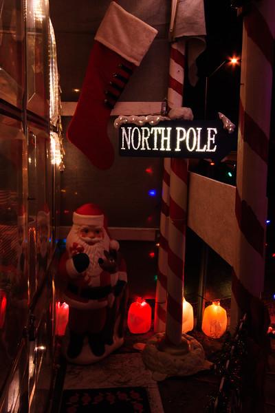 2011 Christmas Lights-121