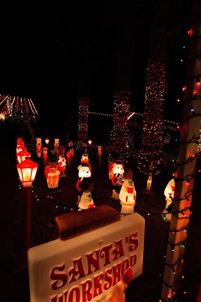 2011 Christmas Lights-139