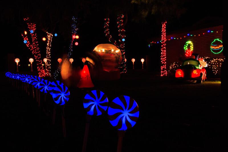 2011 Christmas Lights-131