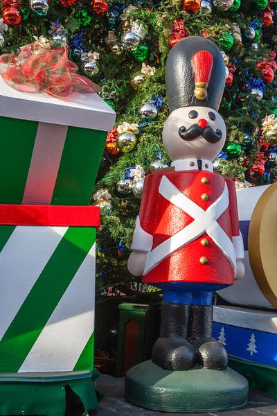 Christmas 2012-12-01-108
