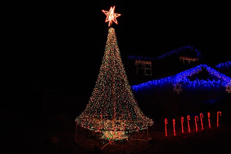 2011 Christmas Lights-105
