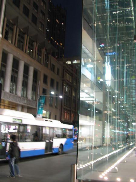 Apple Store Sydney - 17th  June 2008