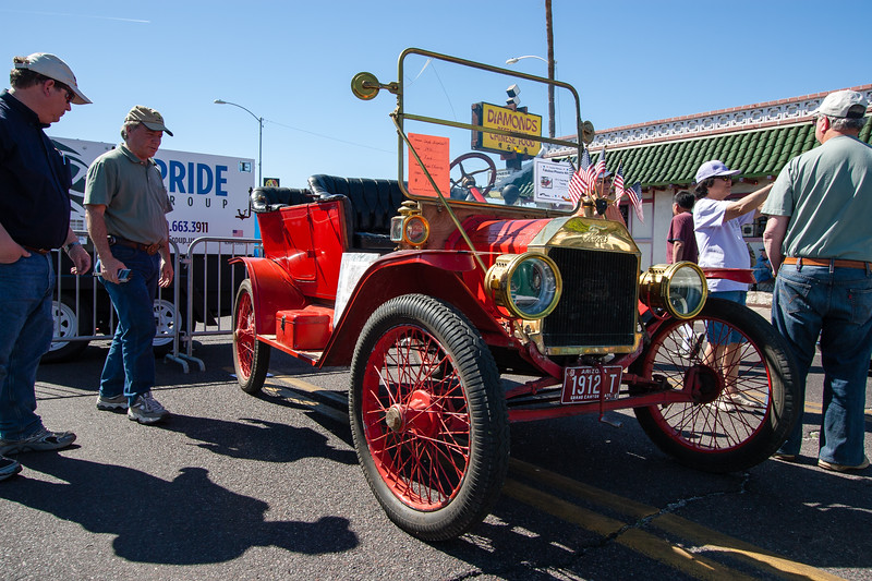 1912 Ford Model-T Touring