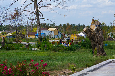 North America, USA, Missouri, Joplin Tornado Destruction Spring 2011, Family, Friends Searching
