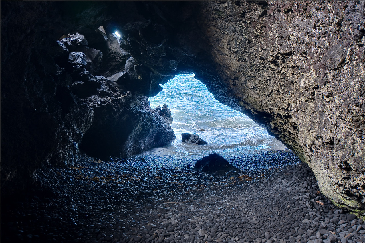 Black Sand Beach Cave, LR Enfuse with sharpening, contrast reduction, and saturation boost