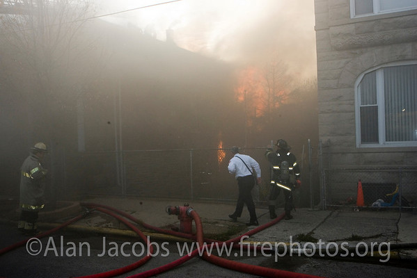 Asst. Deputy Commissioner-Operations Bob Hoff at Box Alarm 3032 S. Wallace 9/30/06