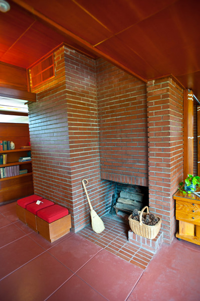North America, USA, Alabama, Florence, Frank Lloyd Wright Usonian House of Stanley and Mildred Rosenbaum, Living Room