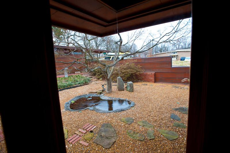 North America, USA, Alabama, Florence, Frank Lloyd Wright Usonian House of Stanley and Mildred Rosenbaum, Japanese Garden