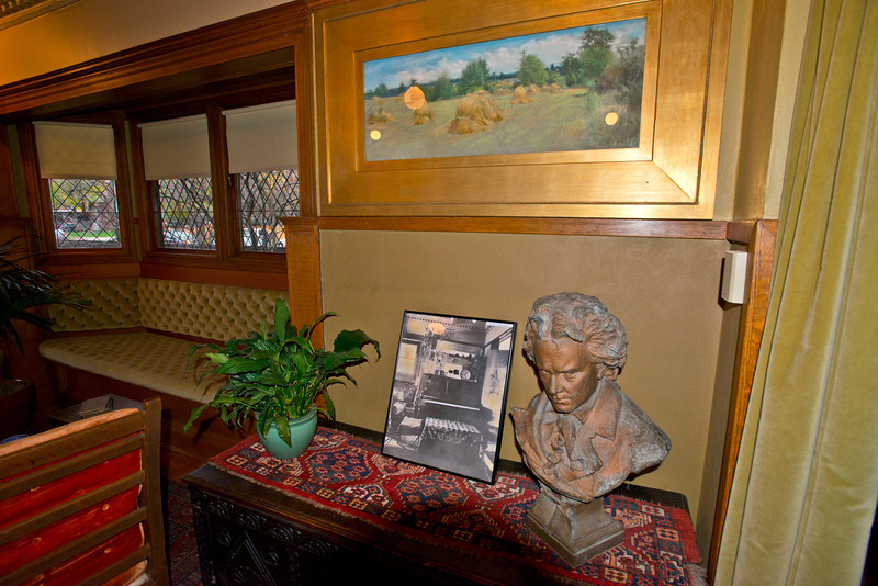 North America, USA, Illinois, Oak Park, Frank Lloyd Wright, Home and Studio, 951 Chicago Avenue, Sitting Room