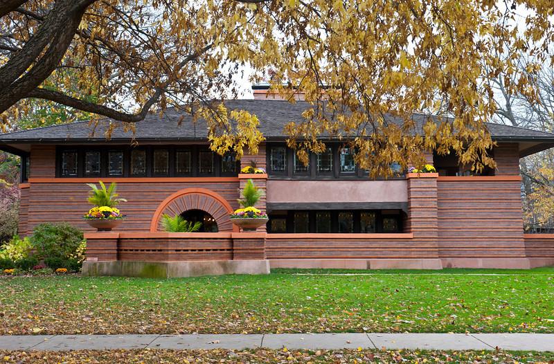 North America, USA, Illinois, Oak Park, Frank Lloyd Wright, Arthur Heurtley House, 318 Forest Avenue