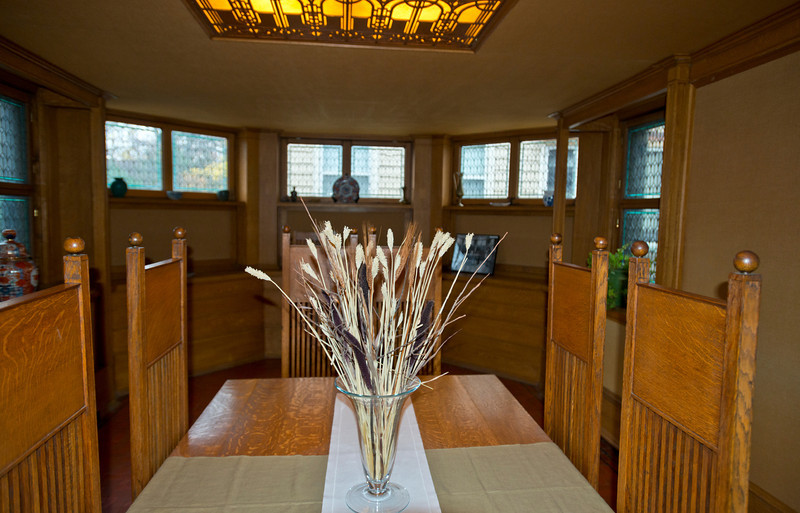 North America, USA, Illinois, Oak Park, Frank Lloyd Wright, Home and Studio, 951 Chicago Avenue, Dining Room. original Table and Chairs