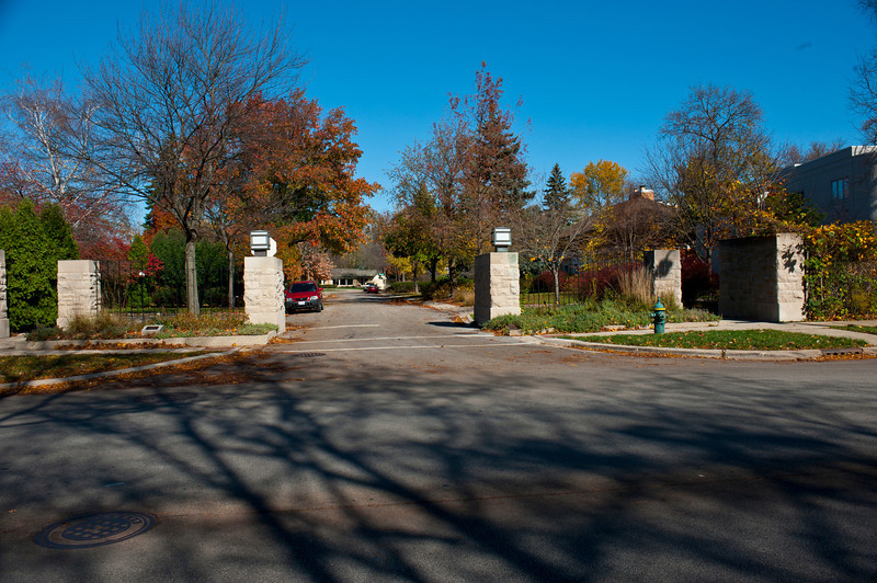 North America, USA, Illinois, River Forest, Frank Lloyd Wright, Auvergne Place Entrance Gate