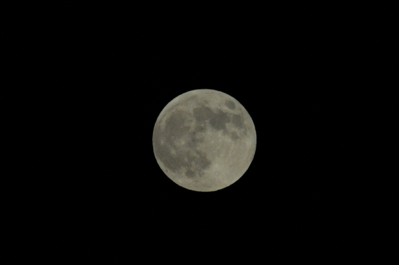 The full moon from October 6