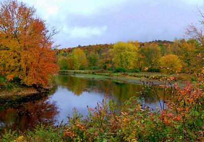Saranac River, east of  Saranac Lake village, sep 28, 2008 HPIM0126-1
