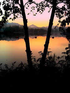 Lake Flower, sunrise 7am, oct 5, 2012  CIMG7506