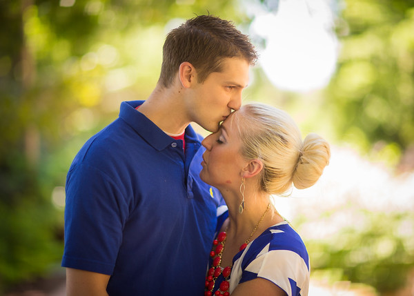 1408-55 093  1408-55 Jordan and Caitlin Spencer  Portrait Shoot  August 01, 2014  Photo by Todd Wakefield/BYU