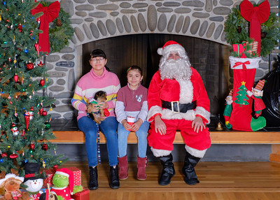 CB Santa 2019-7608