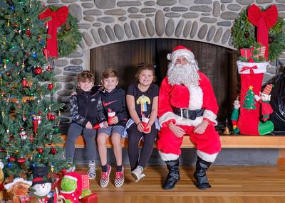 CB Santa 2019-7589