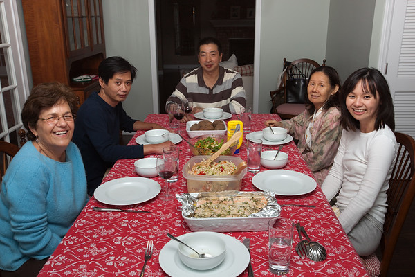 Mom, Henri, Khanh, Maman, Valerie