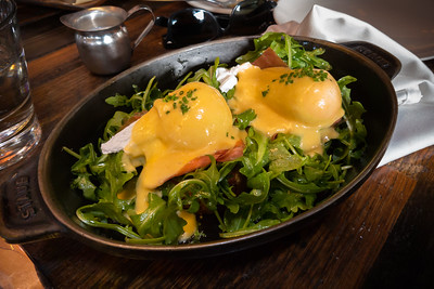 Valerie and I share the eggs benedict...so good...