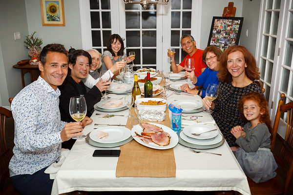 The bird is served - Emre, Malcolm, Ellen, Valerie, Me, Mom, Sezin, Alyssa
