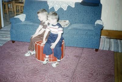 Joey and Richard watch TV 1951