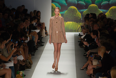 09-14 Fashion Week 2010 Day 4