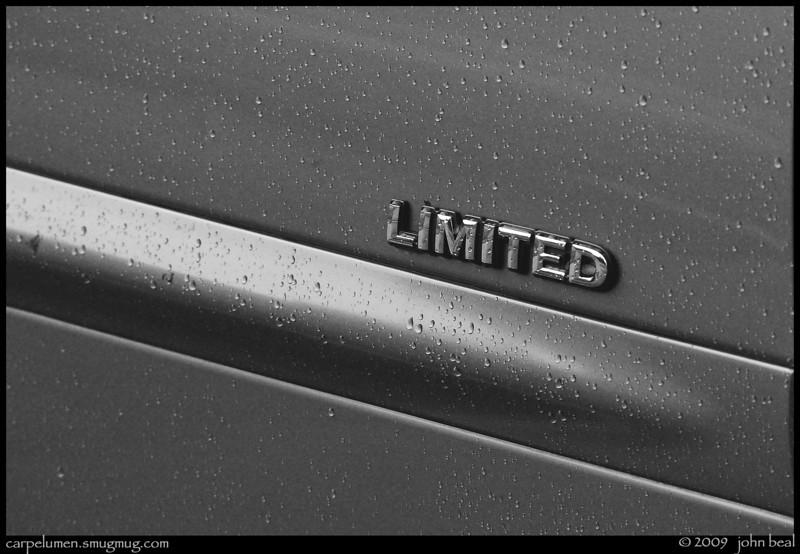 """(22Jul09)  limited.  <a href=""""http://carpelumen.smugmug.com/gallery/5302815_UFyrP/2/336998014_XpnwZ/Medium"""">one year ago.</a>  f/11, 1/100s, iso 800."""